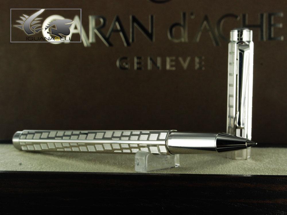 Caran-d-Ache-Rollerball-Pen-Ecridor-Rotation-Silver-Plated-0838.286-838344-3[1]
